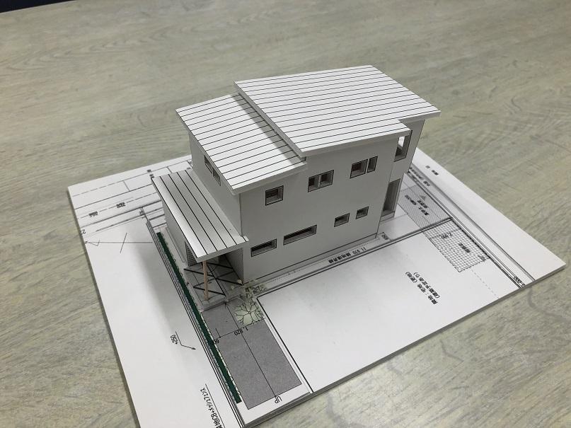 r+model_2.jpg